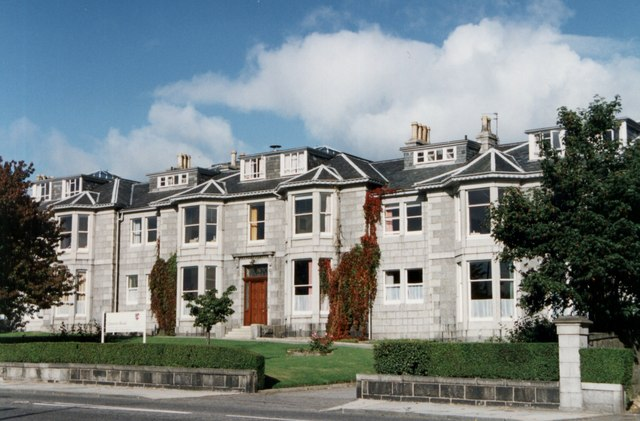Quality Granite Houses on Queens Road