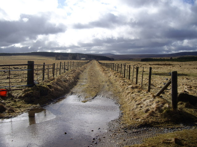 Access to Deveron House manse