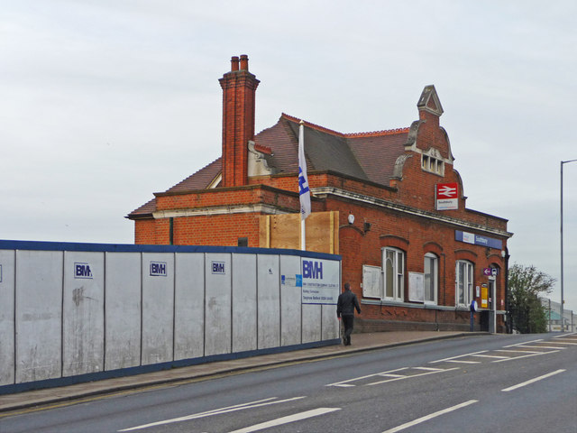 Southbury Station, Enfield