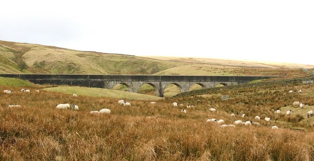 Aqueduct near Hard Gap Lane