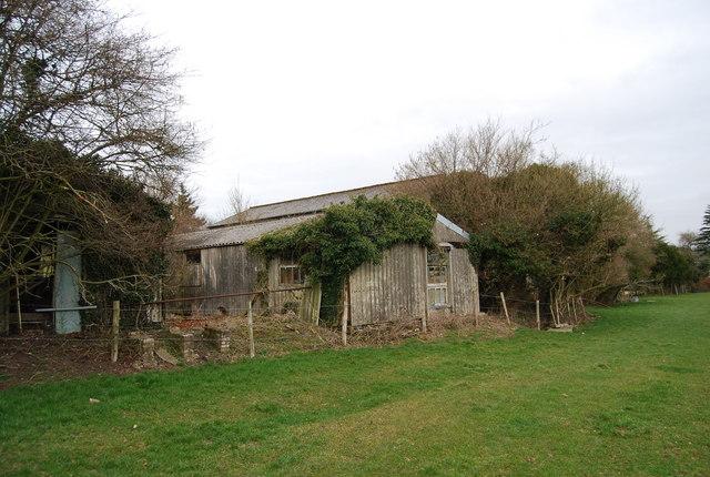 Derelict building, Vann Farm