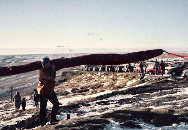 Hang-gliders at Buckstones Moss