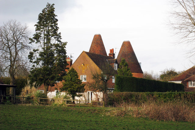 Oast House off Fullers Road, Holt Pound
