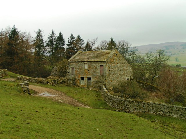 Barn beside access to High Blayshaw