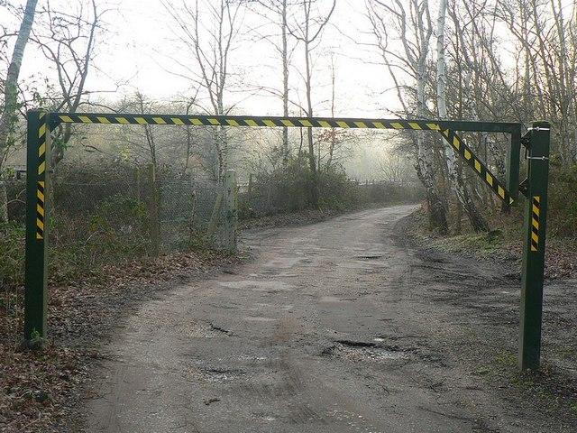 Car park entrance / exit, Fleet Pond