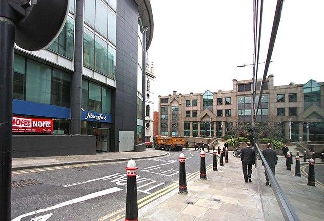 Lambeth Hill, London EC4