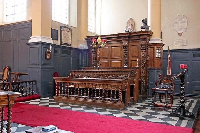 St James Garlickhythe, Garlick Hill, London EC4 - Interior