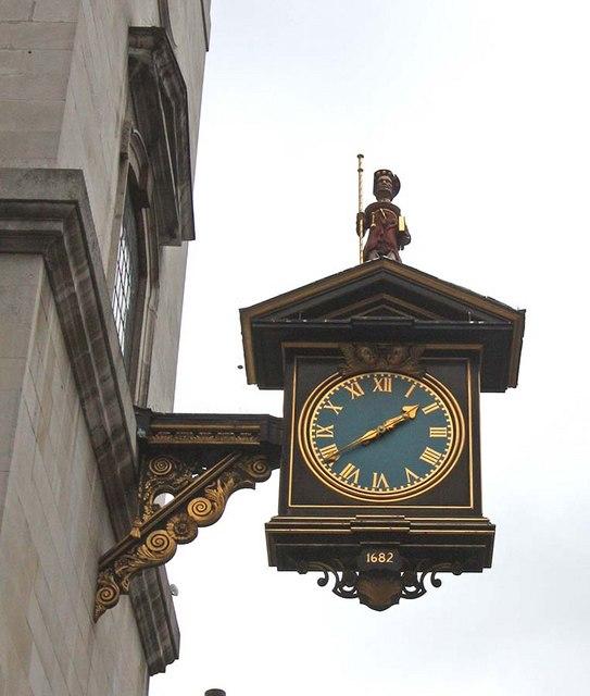 St James Garlickhythe, Garlick Hill, London EC4 - Clock