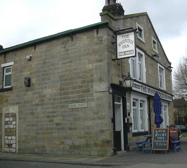 The Woodpecker Inn, Shade