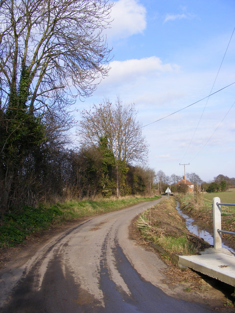 Hawthorn Road, Theberton