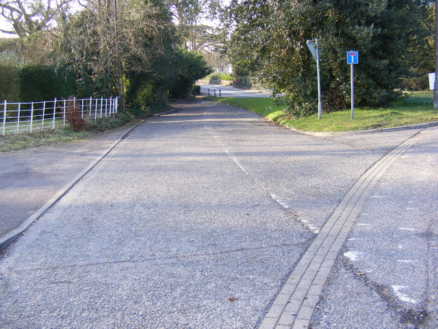 Former part of Middleton Road & junction with the A12