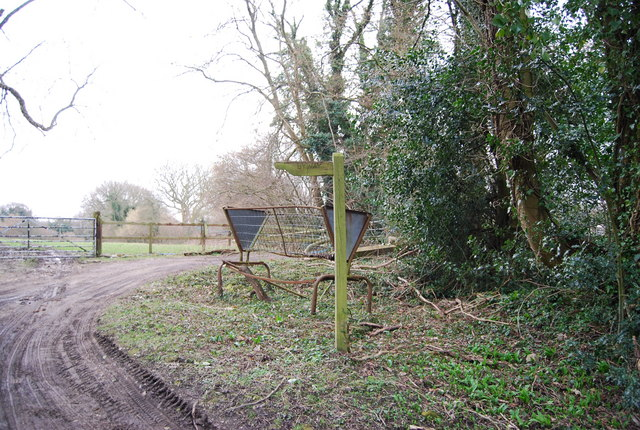 Byway signpost & a hay feeding trough, Empshott