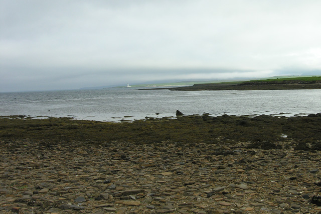 Gravel beach and east side of Outer Holm
