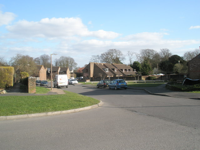 Looking from Homefield Road into Edgell Road