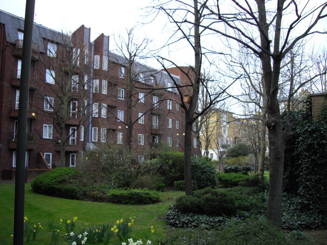 Gardens outside Thomson House