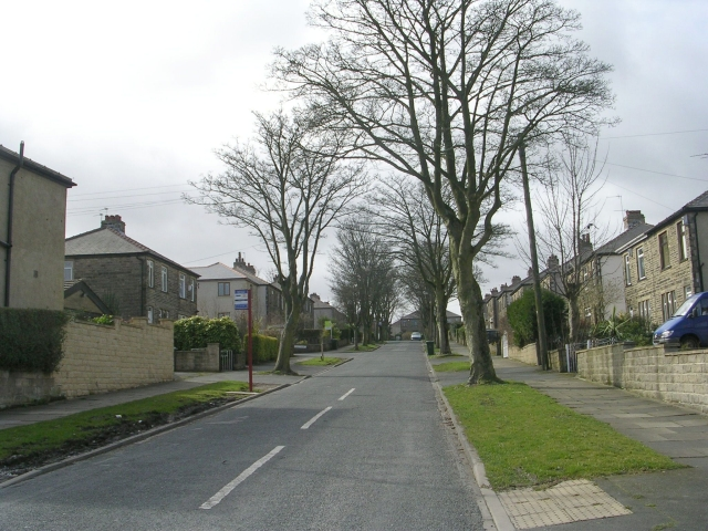 Kenley Avenue - Moore Avenue
