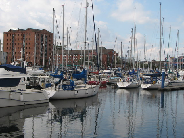 Marina in Hull