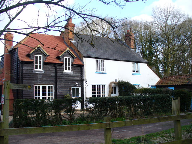 Cottages on Arbrook Lane