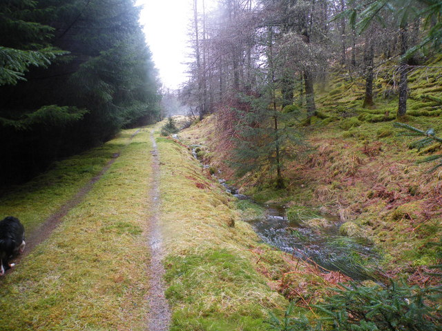 Approaching End of the Track near Cnocan Dubh