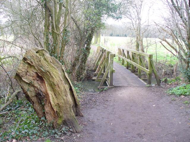 Footbridge by Arbrook Common
