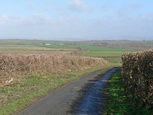 Heol Shwlac - a lane to Castle-upon Alun