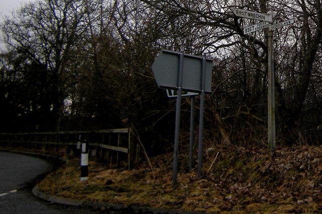 Signpost at Baldoukie / Tannadice / Justinhaugh junction
