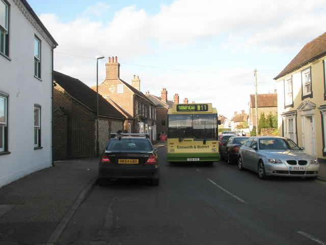 Number 11 bus in North Street