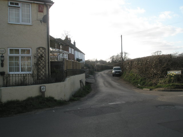 Looking from North Street along Long Copse Lane