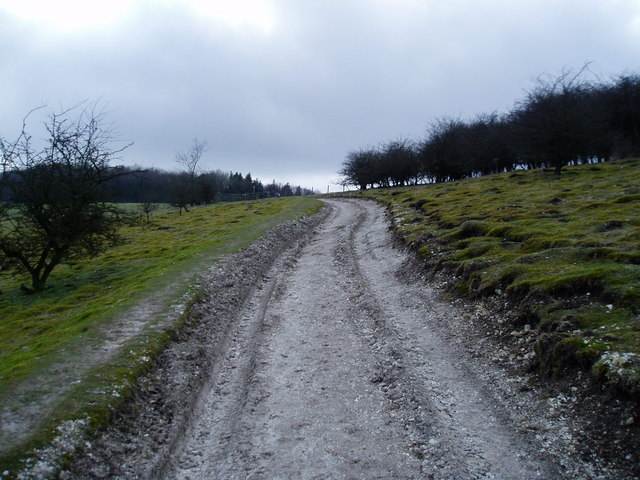 Monarch's Way climbs beside access land