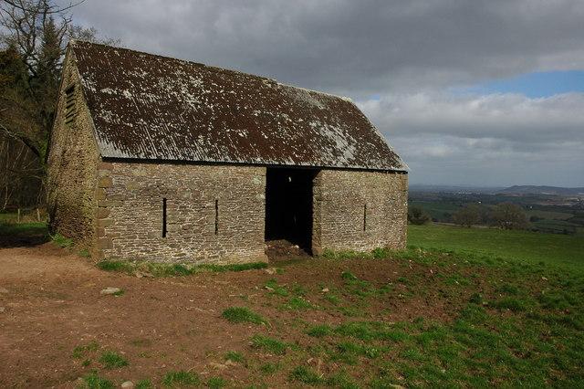 Stone barn above Ganarew