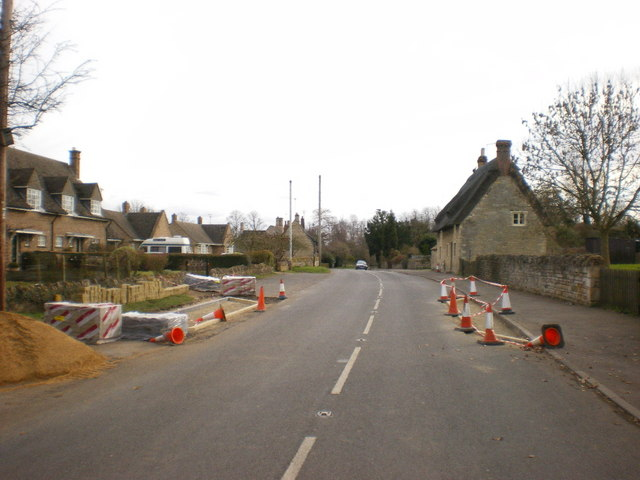 Roadworks on the B671 at Elton