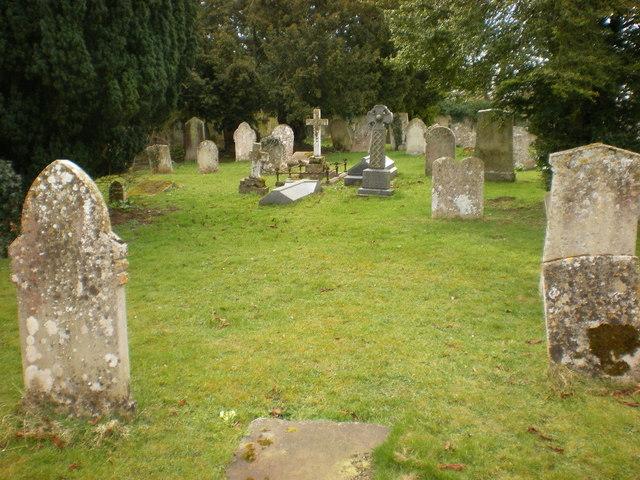 All Saints Church, Elton, Graveyard