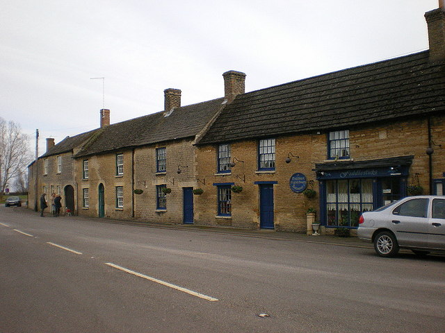 Houses on London Road, Wansford