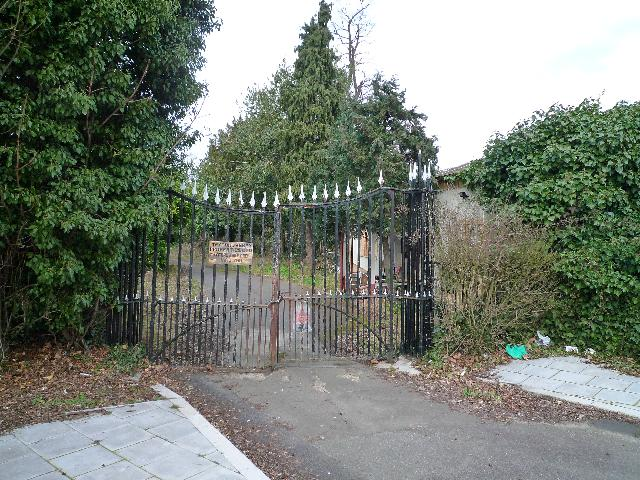 Twyford Abbey gates