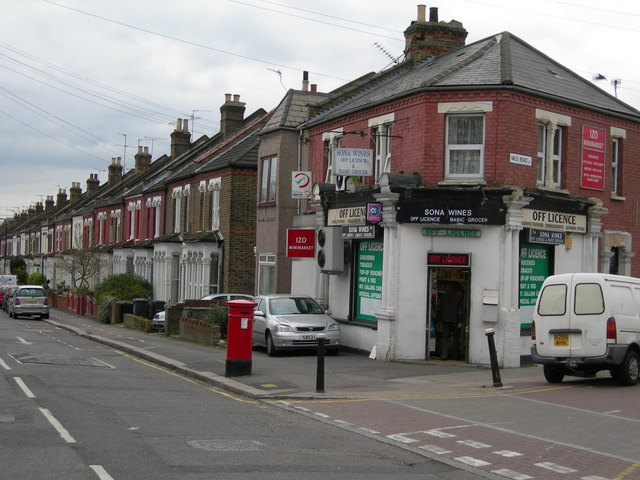 Corner of Vale Road and Hermitage Road, N4