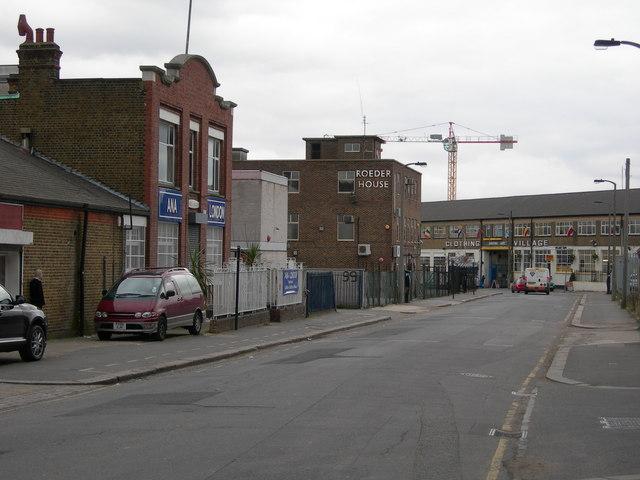 Vale Road, N4 (3)