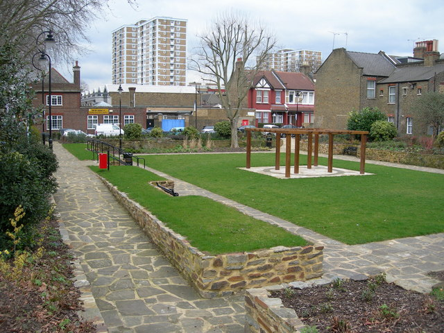 Manchester Gardens, South Tottenham