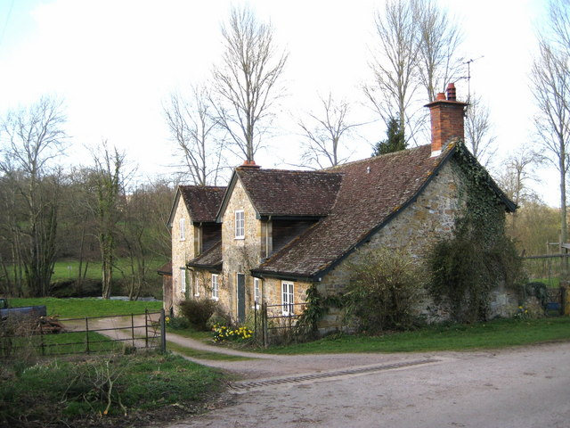 An estate cottage - Forde Abbey