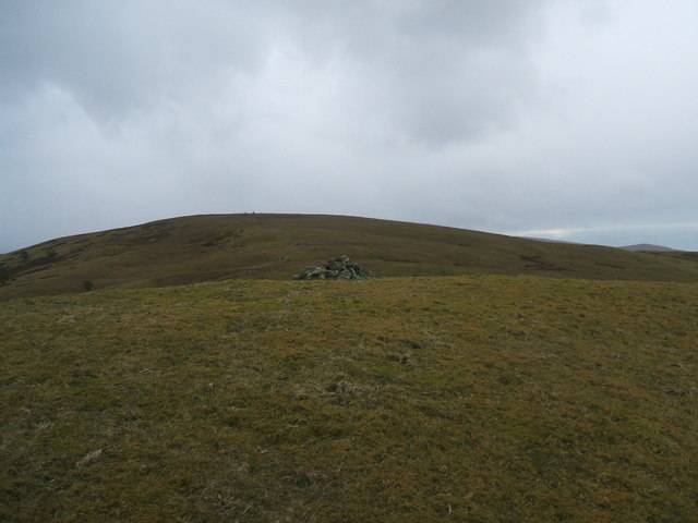 Pile of stones on Hatteringhill Head