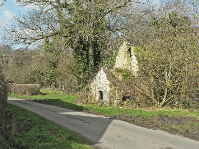 Ruin in a country lane near Coychurch