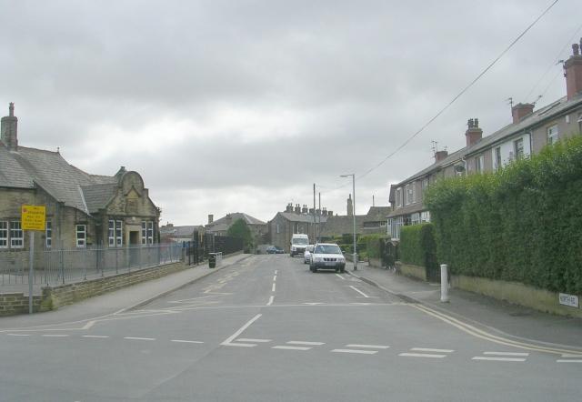 North Road - Oakdale Avenue