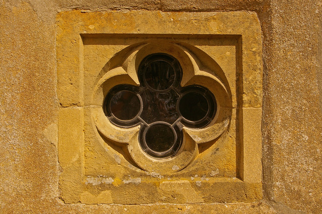 Quatrefoil window, St Mary's, Tatsfield