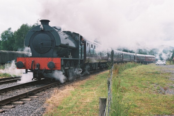 Royal Pioneer leaving Rowsley station for Matlock