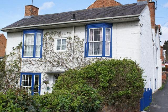 Attractive cottage
