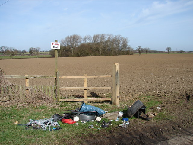Start of the private road and fool's dump