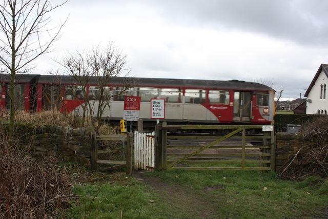 Level Crossing near Howley Mill Lane
