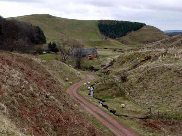 Track north-west of Hazeltonrig