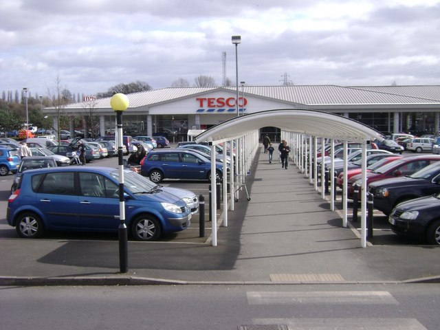 Tesco store, Warwick
