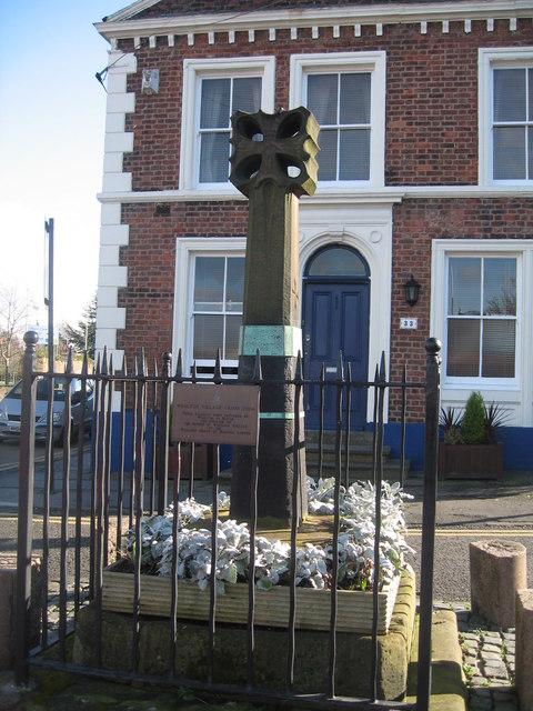 Woolton Cross
