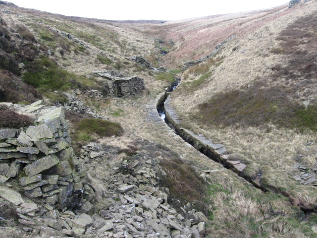Old quarry workings in Swiner Clough